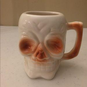 Halloween skull coffee mug EUC